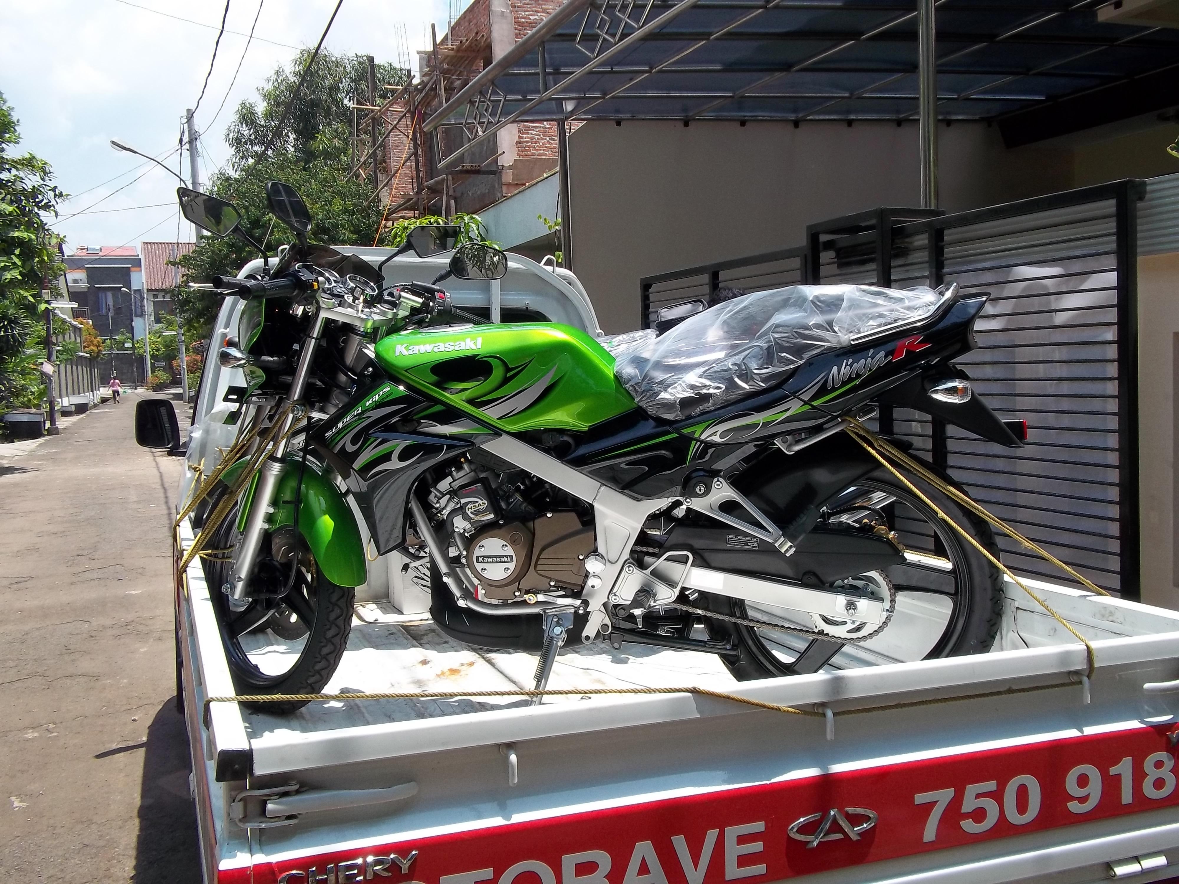 Alasan Memilih Kawasaki Ninja 150 L Di Tahun 2013 The Green Blog