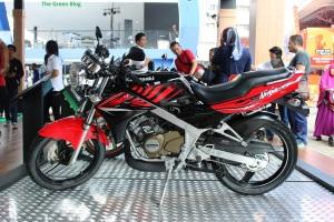 Kawasaki Ninja 150 SS Stripping 2014