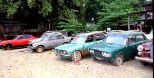 20100603_101720_Carscrap1