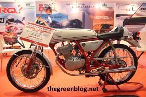 Honda Dream 2