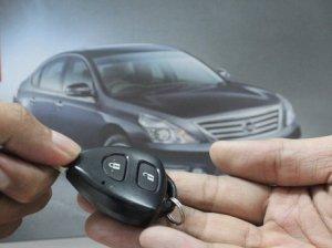 Serah terima kunci mobil