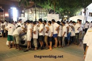 Mobil yang dipegang oleh peserta dari Philippines, Taiwan, Indonesia dan Cambodia